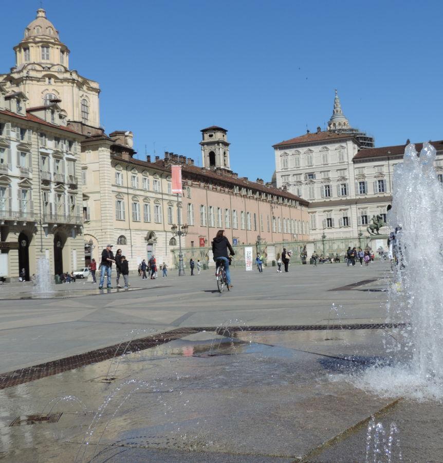 piazza-castello-armeria